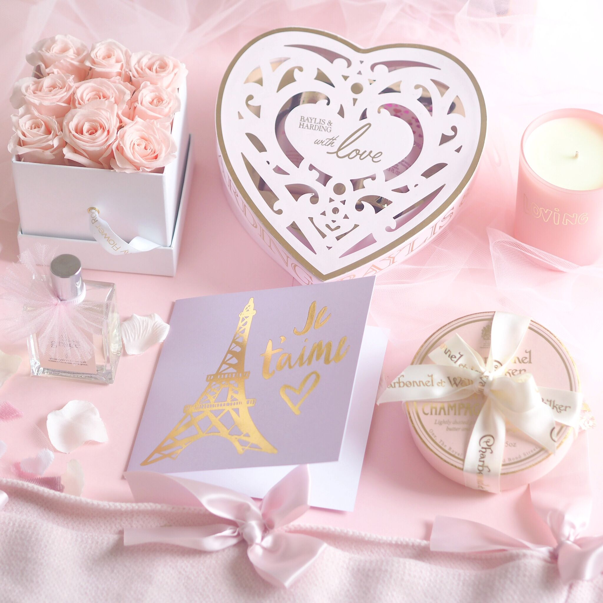 Love Is In The Air   Valentine's Day Treats