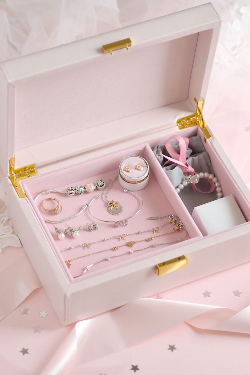 Inside My Jewellery Box: My Favourite Dainty Pieces