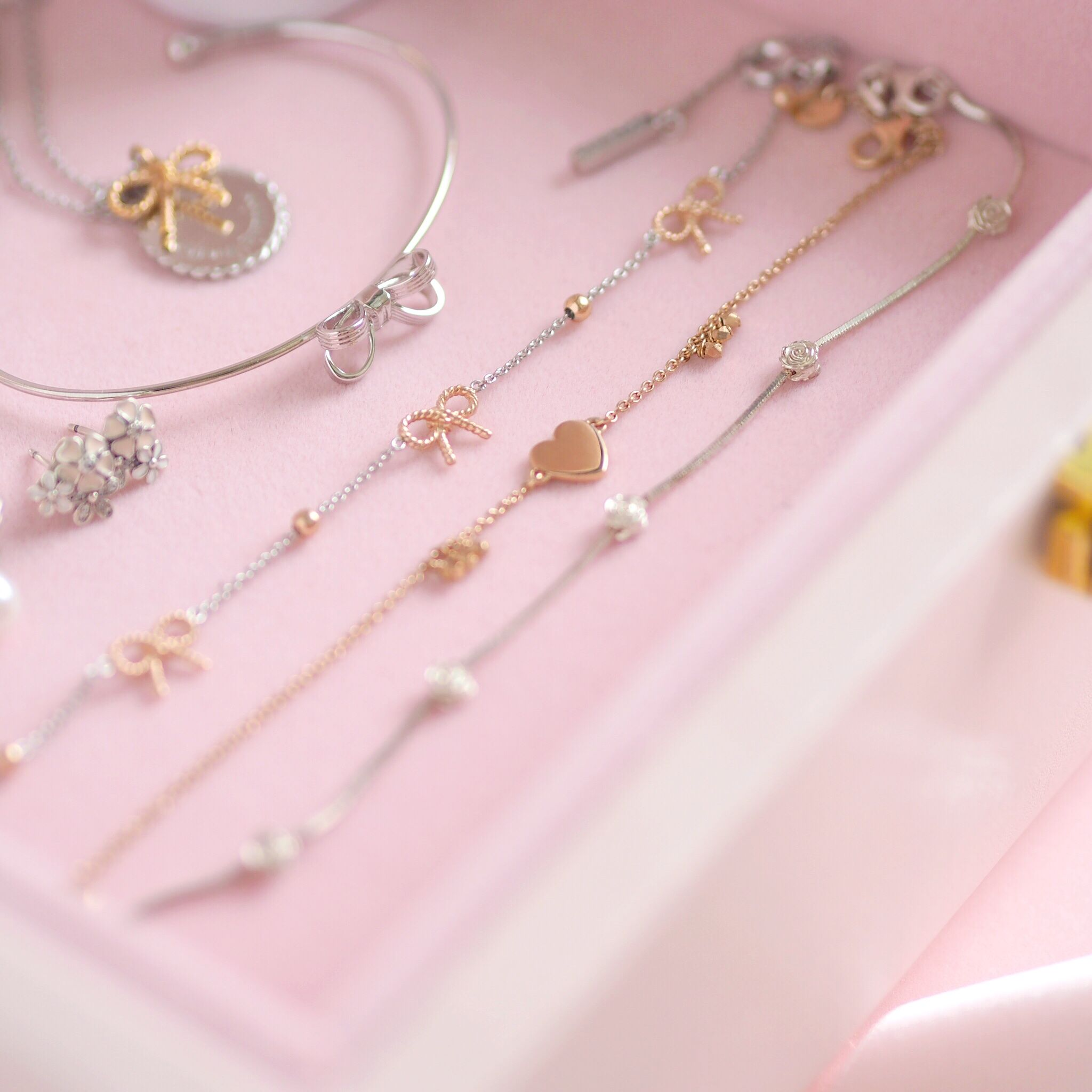 Inside My Jewellery Box: My Favourite Dainty Pieces, Olivia Burton Vintage Bow Bracelet | Love Catherine