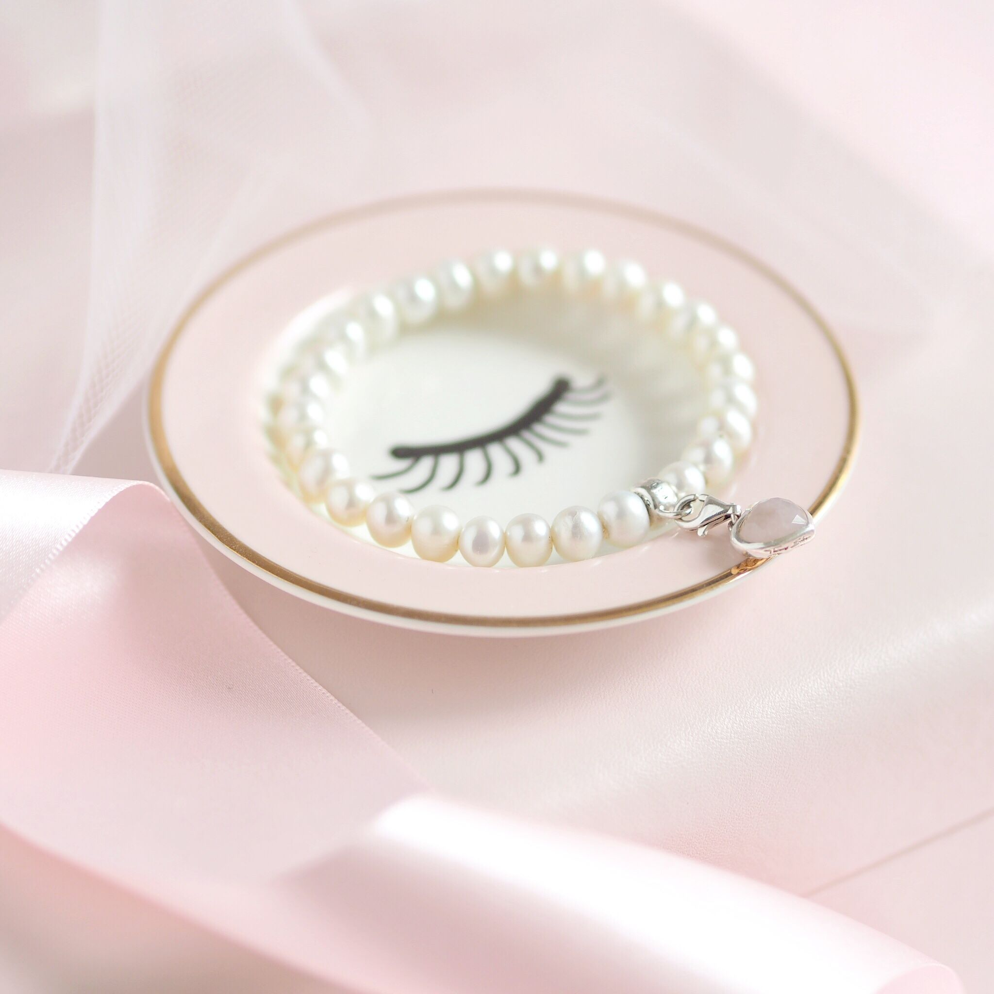 Inside My Jewellery Box: My Favourite Dainty Pieces, Thomas Sabo Pearl Bracelet   Love Catherine