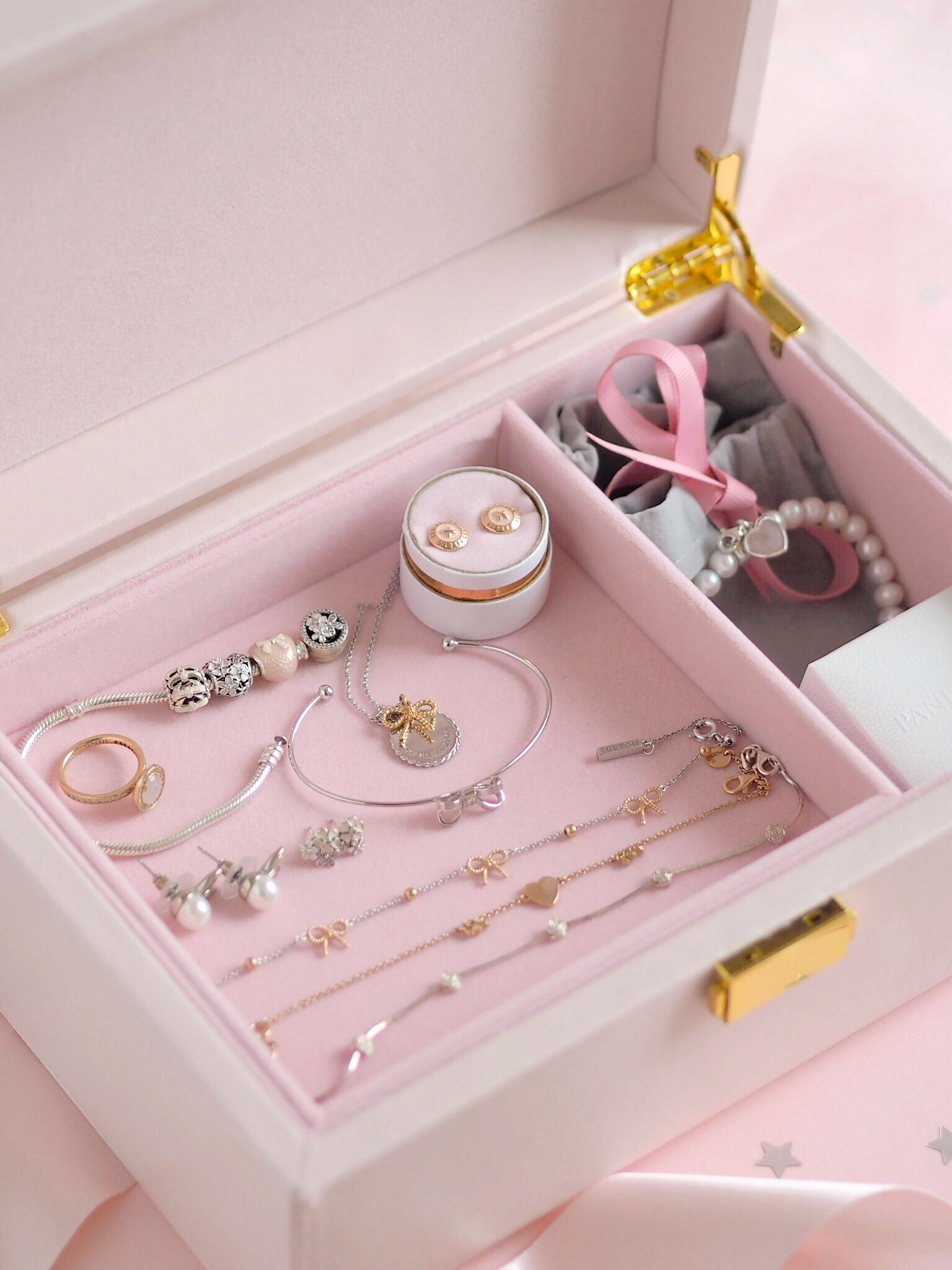 Inside My Jewellery Box: My Favourite Dainty Pieces, Olivia Burton Vintage Bow Necklace | Love Catherine