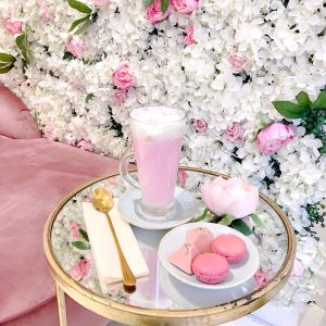 Picture Perfect London: Unicorn Lattes & Flower Walls at Saint Aymes