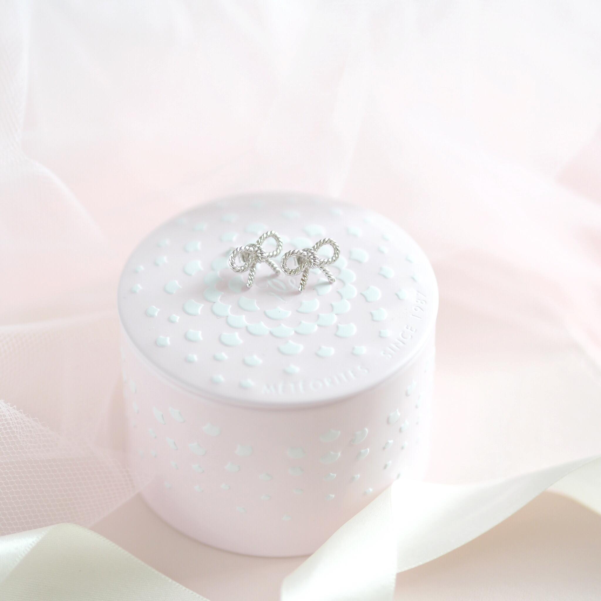 Inside My Jewellery Box: My Favourite Dainty Pieces, Olivia Burton Vintage Bow Earrings | Love Catherine