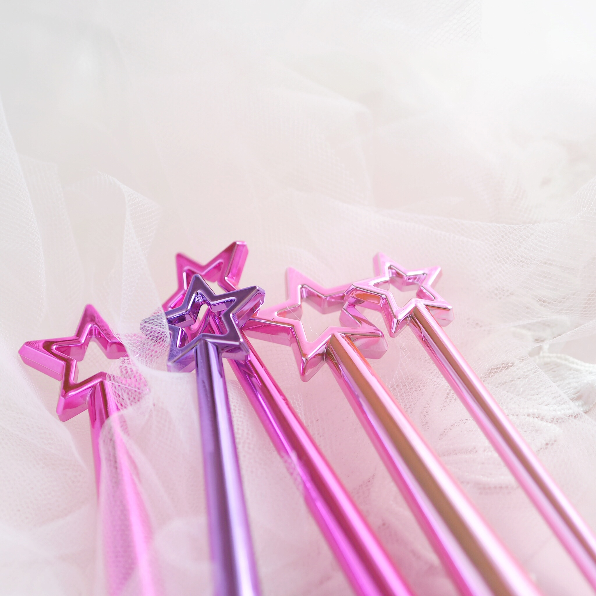 Pretty Things & Fairy Wings Makeup Brushes | Tarte Love, Trust & Fairy Dust Vault