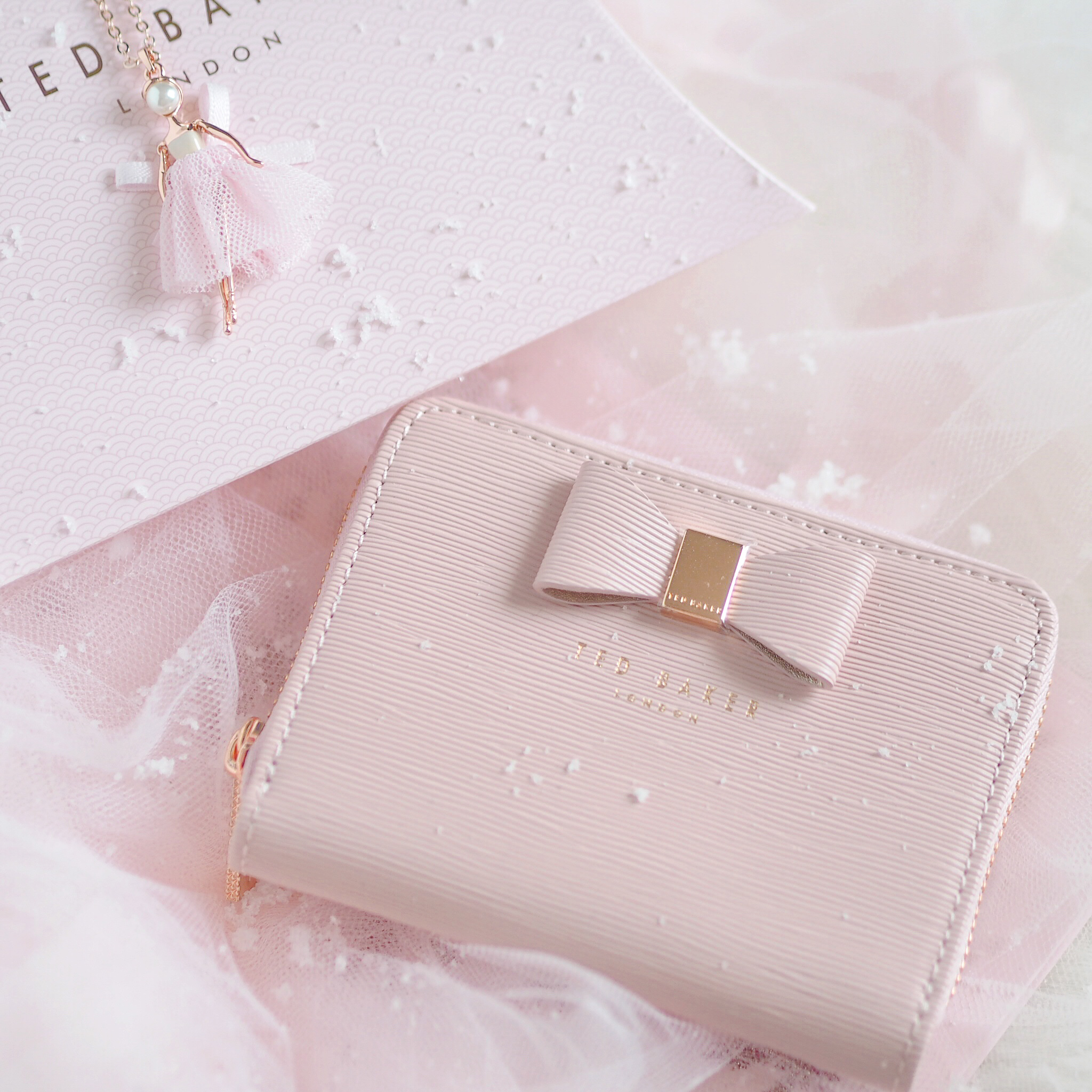 Seasons Treatings: Perfectly Pretty Christmas Gift Ideas For Her, Ted Baker Bow Purse