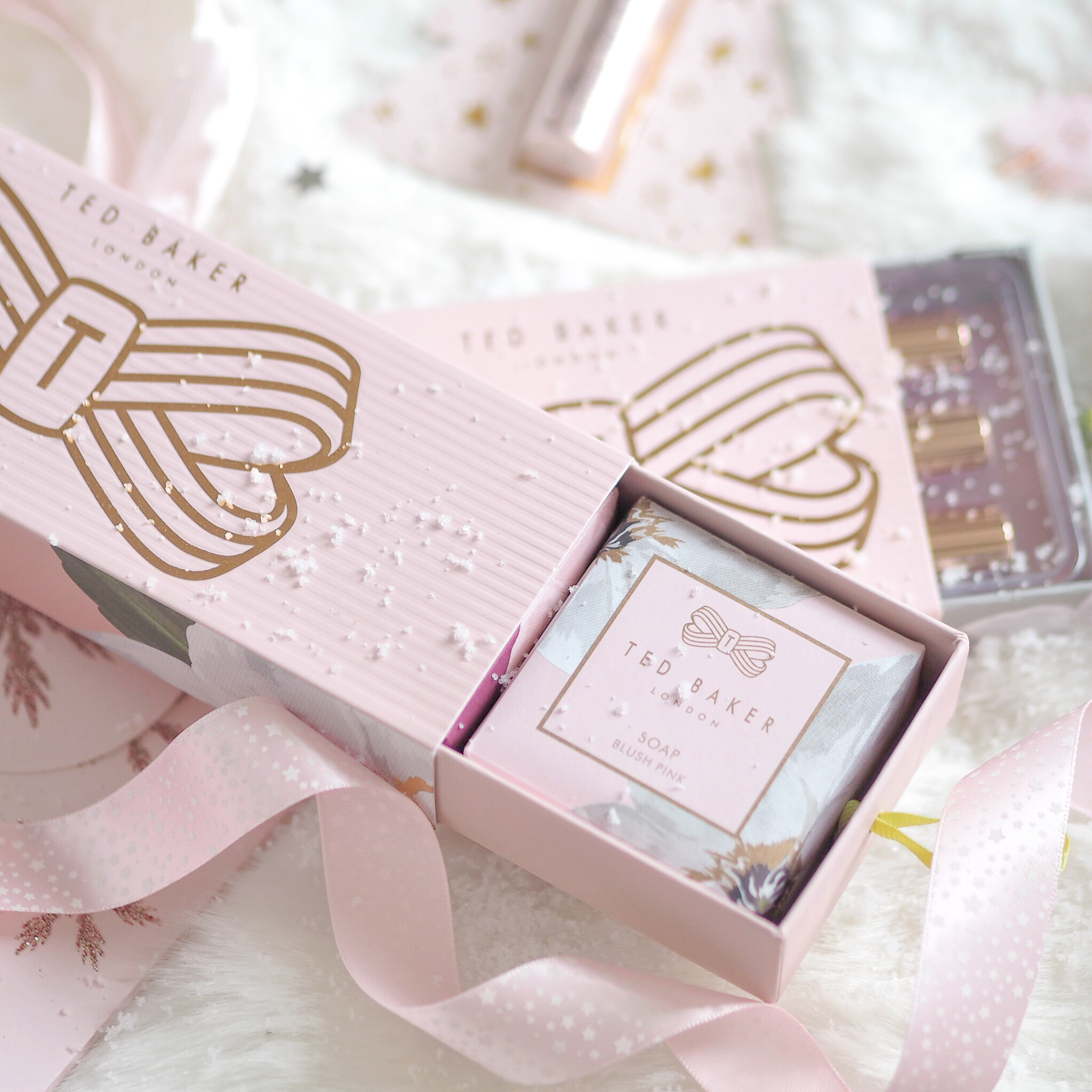 Seasons Treatings: Perfectly Pretty Christmas Gift Ideas For Her, Ted Baker Beauty