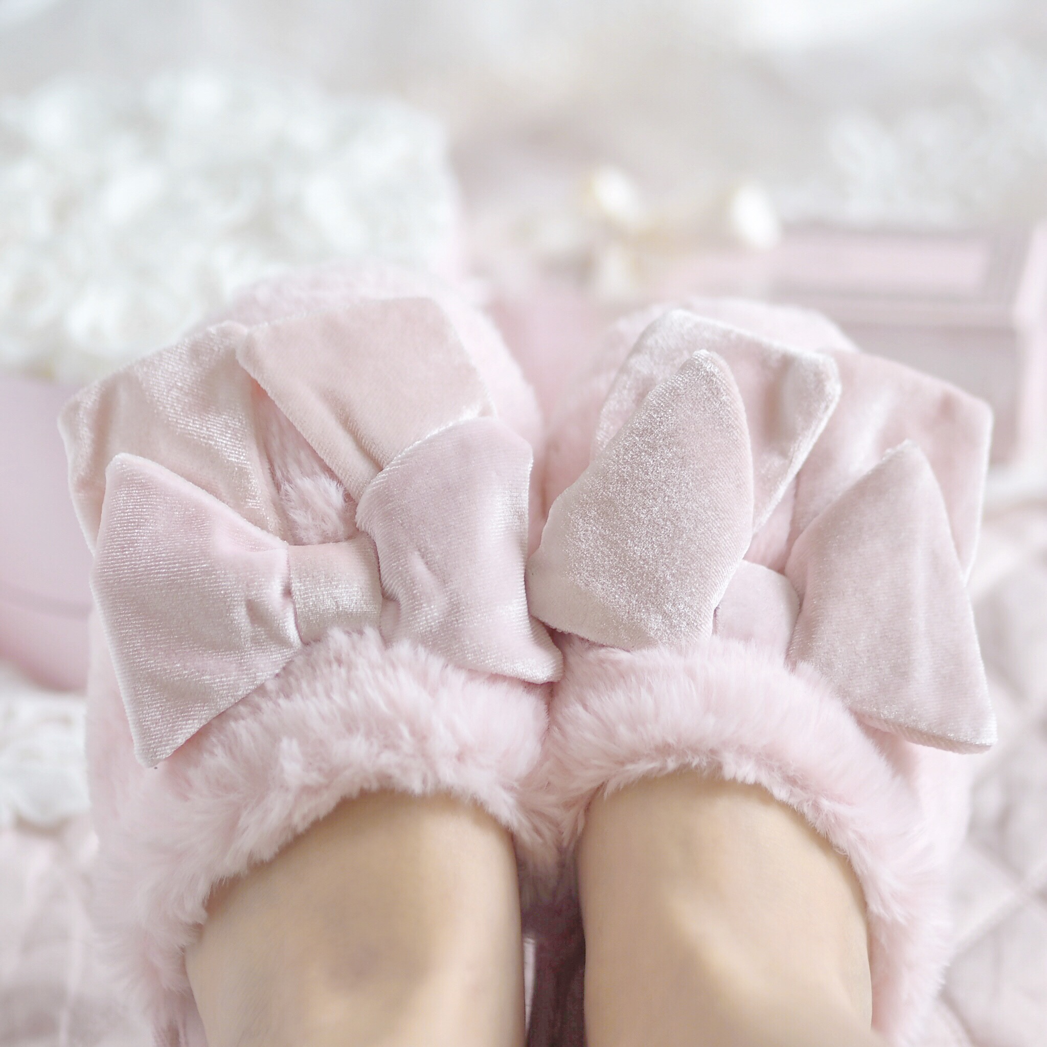 Victoria's Secret Pink Bow Slippers | Love Catherine