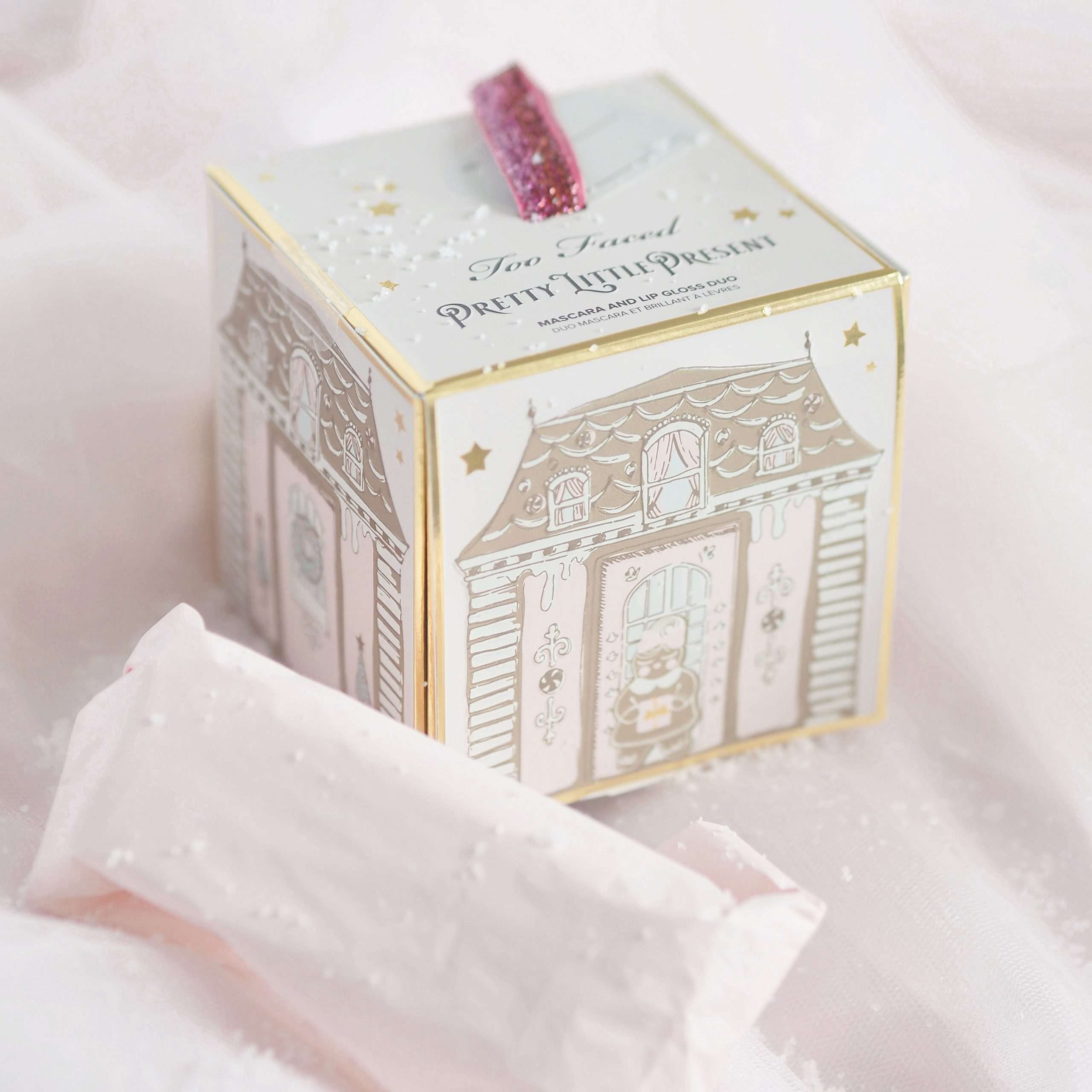 Too Faced Pretty Little Present | Perfectly Pretty Christmas Gift Ideas