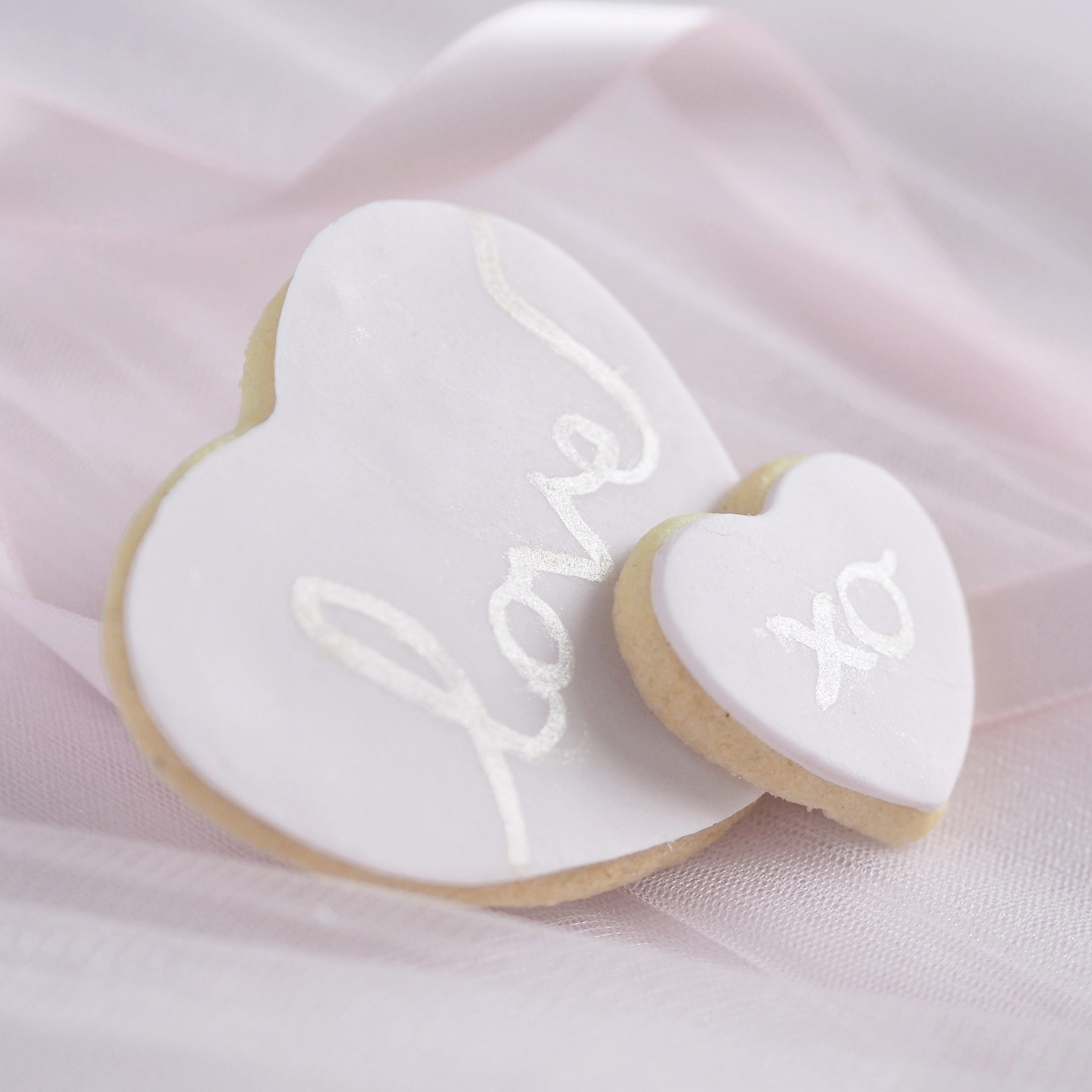 8 Sweet Ideas For Your Valentine's Baking ~ Heart Sugar Cookies