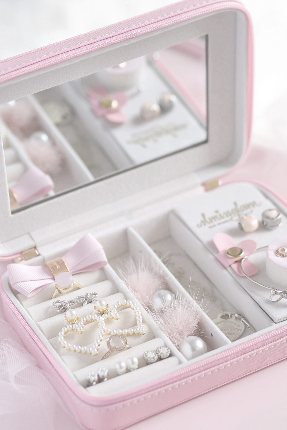 Fit For A Princess: The Dreamiest Pink Jewellery Case